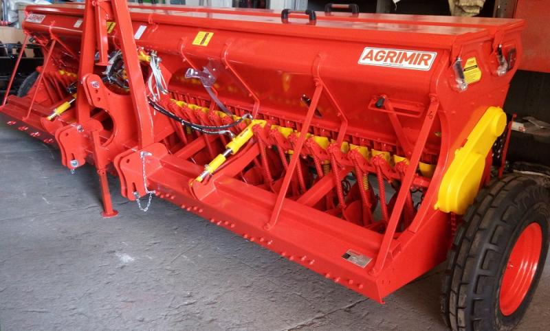Combined Grain Seed Drill - Single Disc 2